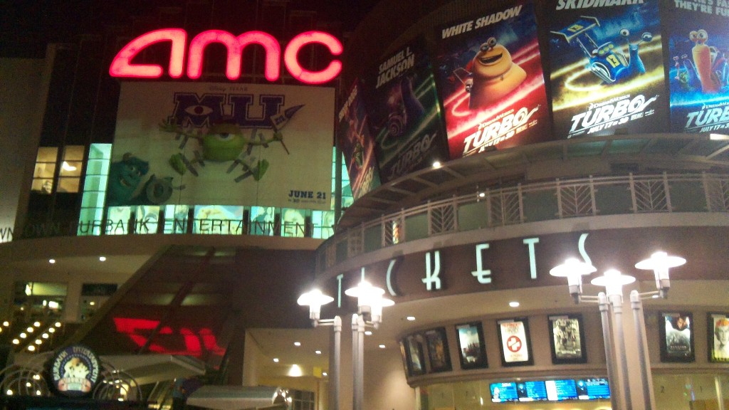 Malls&Shopping Burbank at the AMC Theatre District has lots of restaurants, movies and shopping.