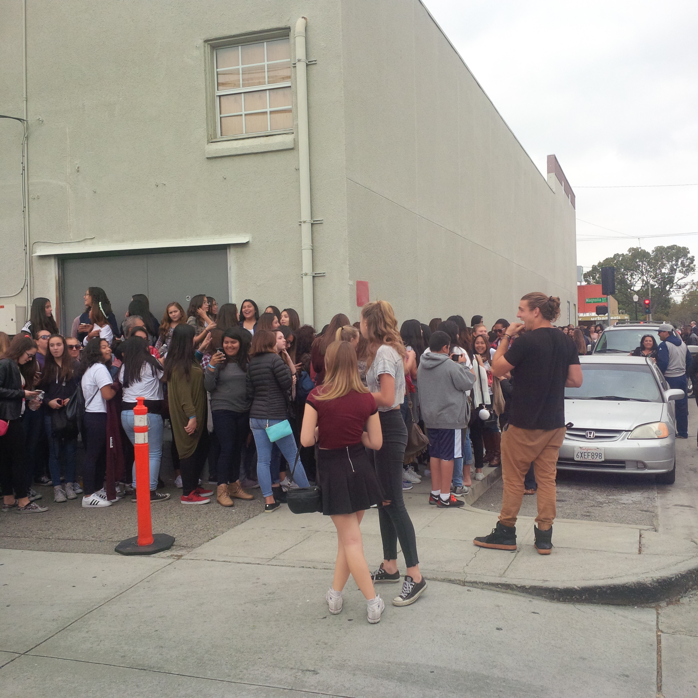 Mayberry turns into mayhem over viner hayes grier my daily burbank hayes greer meet greet kristyandbryce Images