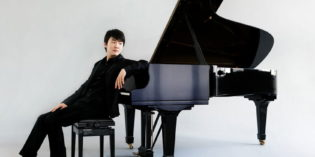 LA PHIL- Seong-Jin Cho performs Rachmanioff's Piano Concerto No. 2